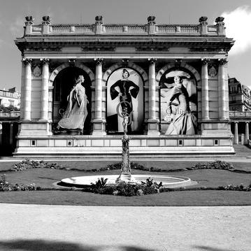 palais galliera proche hôtel La Tamise